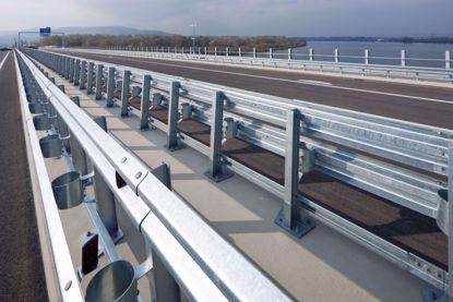 图片 GT W2-3.0mm 镀锌二波波纹板高速公路护栏板