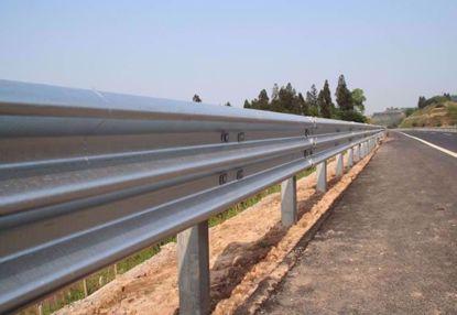 图片 GT W3-2.85mm 镀锌三波波纹板高速公路护栏板